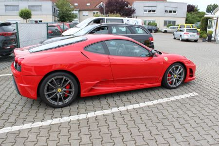 Ferrari 004_compressed.jpg